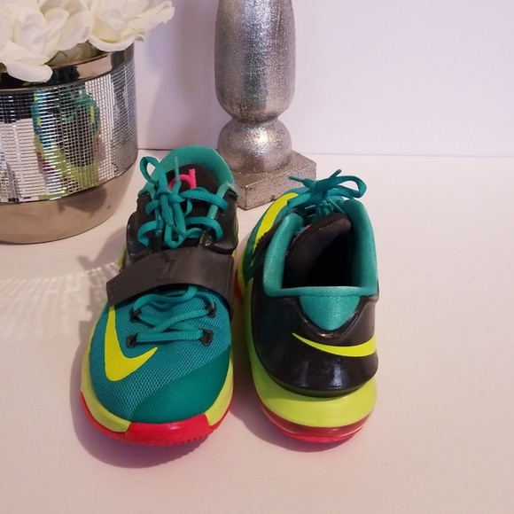 huge selection of 59fe9 8645d Nike Shoes | Zoom Kd 7 Vii Womens Grass Green Yellow | Poshmark